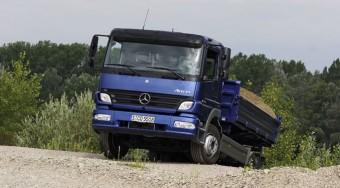 Kevesebbet fogyasztanak a környezetkímélő Mercedesek