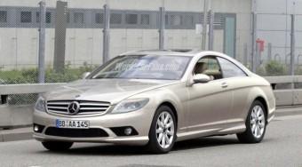 Mercedes CL leplezetlenül