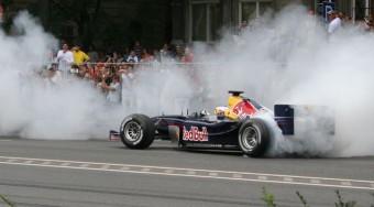 Palik F1-essel száguldott