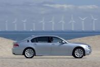 Toyotával fejleszti közösen üzemanyagcellás autóját a BMW 3