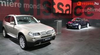 BMW újdonságok Párizsban