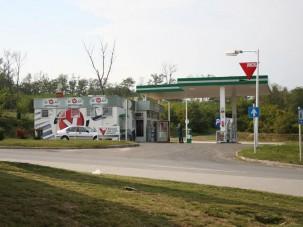 Hétfő, tehát olcsóbb benzin