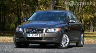 Teszt: Volvo S80 V8