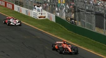 Pályán kívül dőlhet el az F1