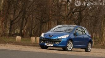 Teszt: Peugeot 207 1.6 TURBO