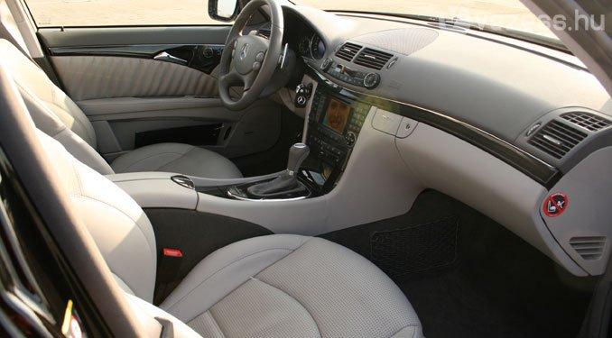 Igazi Mercedes: nemes és kényelmes