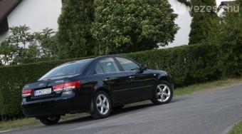 Teszt: Hyundai Sonata 2.0 CRDi Superior