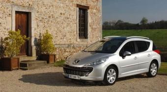 Elkészült a kis Peugeot kombi