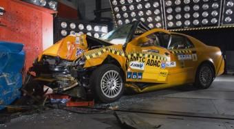 Újabb halálos kínai autó