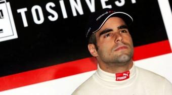 Baumgartner világbajnok F1-est vezet