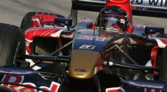 Vettel vezet a Hungaroringen!