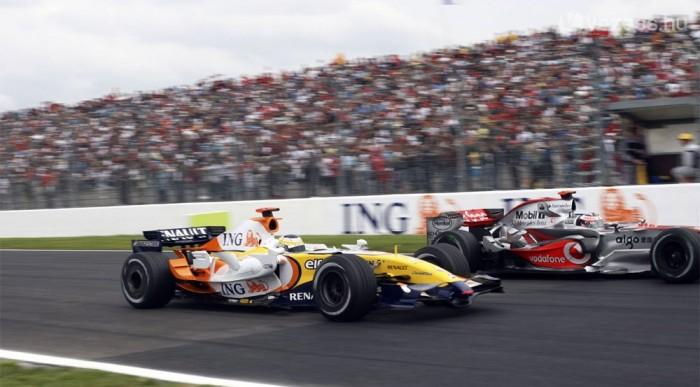 Fisichella Alonsoval meccselt
