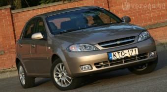 Teszt: Chevrolet Lacetti 2.0 D