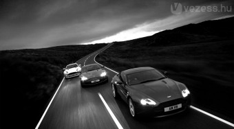 Odacsap az Aston Martin