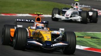 Monza: Heikki Kovalainen rovata