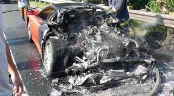 Drága sportkocsik ütköztek Budapesten