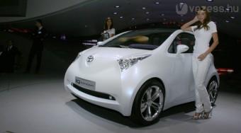 3 méter alatt: smart és a vadiúj Toyota