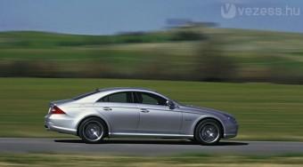 A Mercedes lemaradásban van