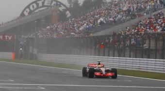 Hamilton nyert, s bajnok lesz?