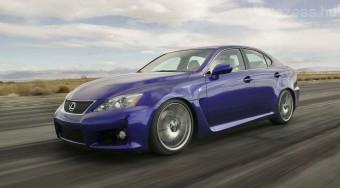 Nem jobb a BMW-nél a Lexus