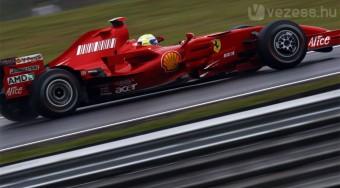 Az esélytelen Ferrari az élen