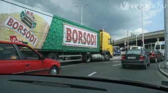 Kitiltják a kamionokat Budapestről?