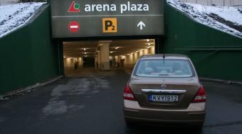 Parkolás az Arénától a WestEndig