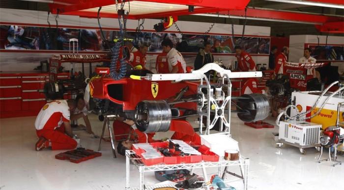 A Ferrari nem akar spórolni