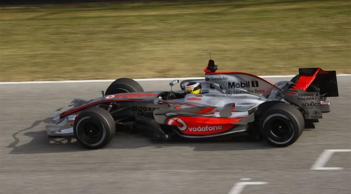 De la Rosa már a nyolcadik McLarent teszteli