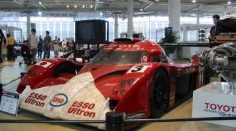 A Toyota hibriddel megy Le Mans-ba