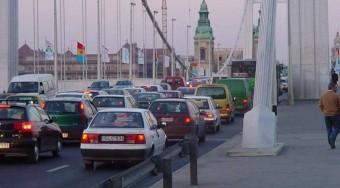 Demszky kitiltja a szennyező autókat