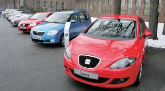 432 milliót költ autóra az APEH