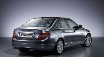 A Mercedes perelné az Audit