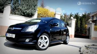 Corsa GSi: retró Opel módra