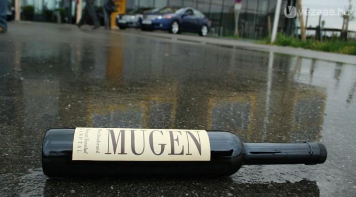 Egy palack Mugen 30 euró körül van