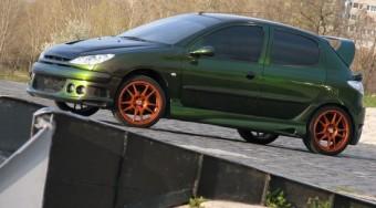 Peugeot 206 tuning: Kis játékos