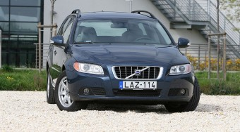 Volvo V70: Nagy test, kis élvezet