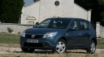Itt a menő Dacia, a Sandero