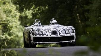 Roadstert épít az F1-es csapat - videó