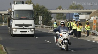 Nyálszonda a füvező sofőrök ellen