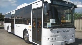 Kínai buszok járnak Pesten