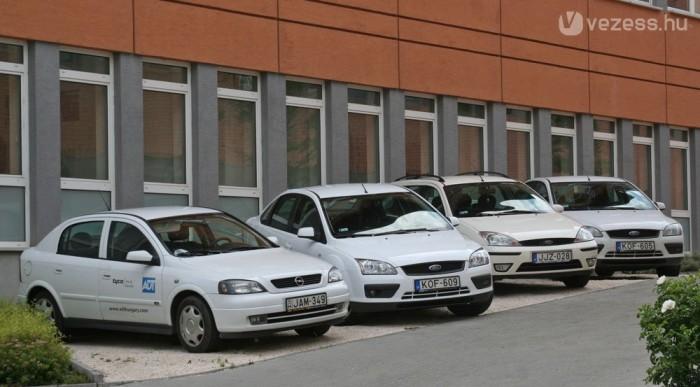 Céges autóként a Focus és az Astra vezet