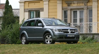A kistestvér: Dodge Journey