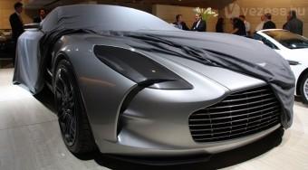 Elkelt a legdrágább autó - videó