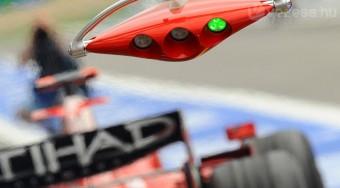 Cukrosbácsi a Ferrarinál