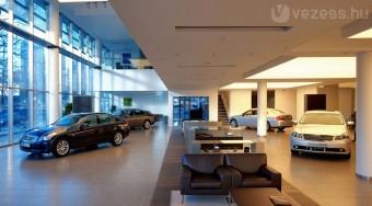 Opelt és Fiatot egy helyről