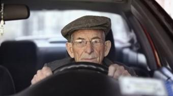 Az öregek jobban vezetnek?