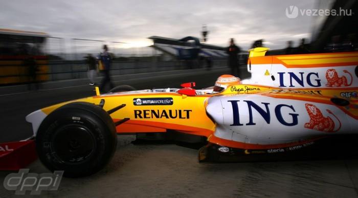 Bajban a Renault?