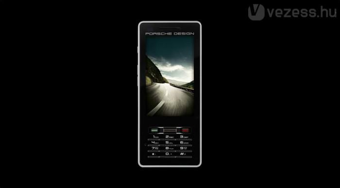 Érintőképernyős, GPS-nek is jó