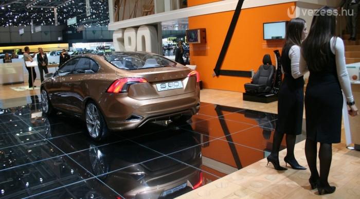 Detroit után Genfben is látható az S60 Concept